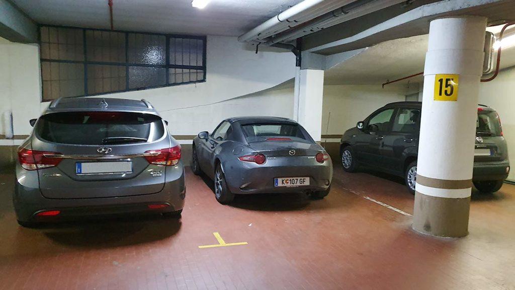 Wie klein der RF neben den anderen Autos aussieht!